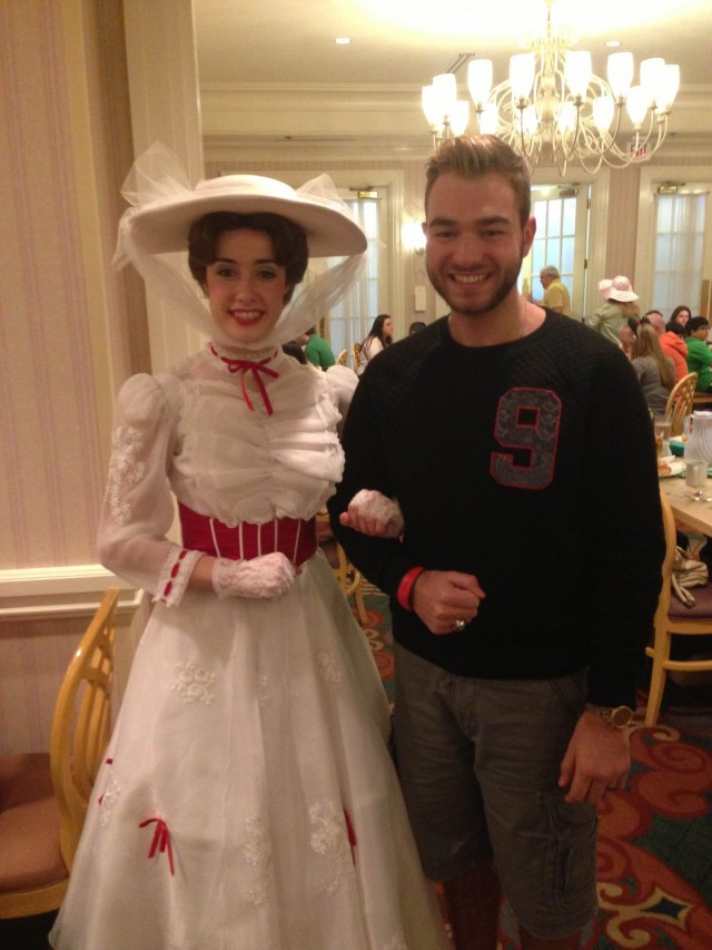 That's me meeting Mary Poppins in 1900 Park Fare earlier this year!
