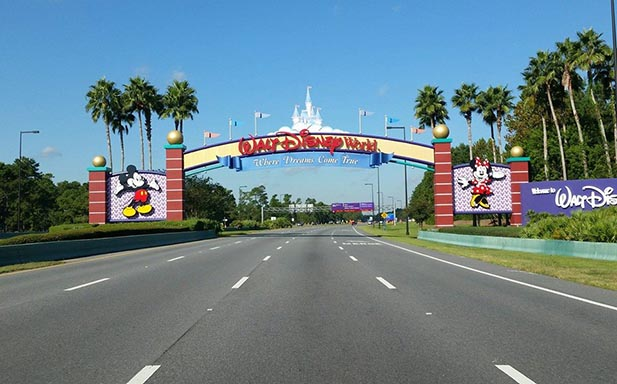Disney World hours are important so you don't get to the Disney World Entrance at the wrong time
