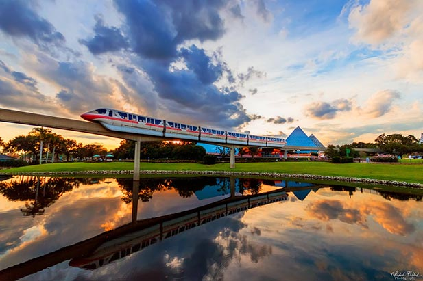 Monorail Gold in EPCOT