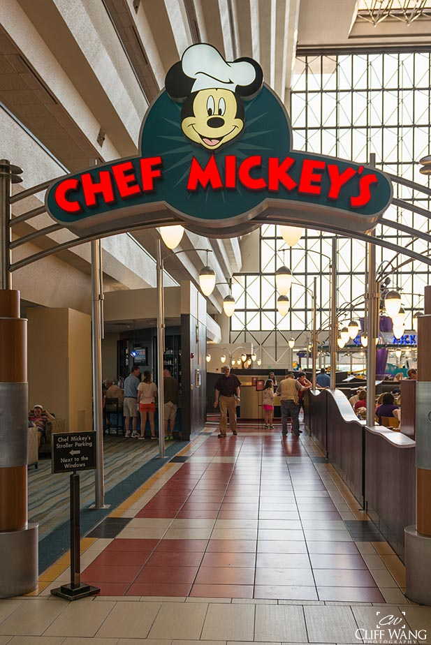 Chef Mickey's in the Contemporary is one of the all time favorite Disney hotel restaurants