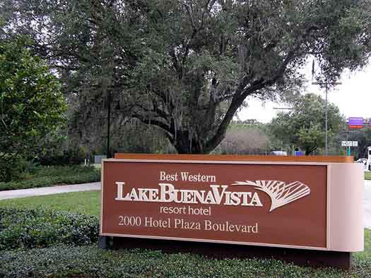 The sign for the Best Western Lake Buena Vista Resort at Disney Springs