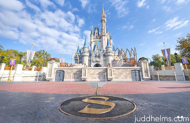 Seeing Cinderella Castle for the first time is AMAZING