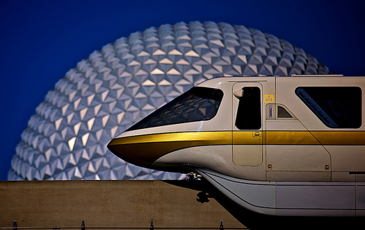 Monorail Gold passes Spaceship Earth
