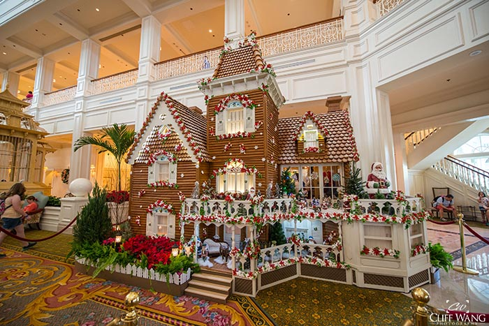 The Gingerbread house at the Grand Floridian is the best Christmas decoration anywhere