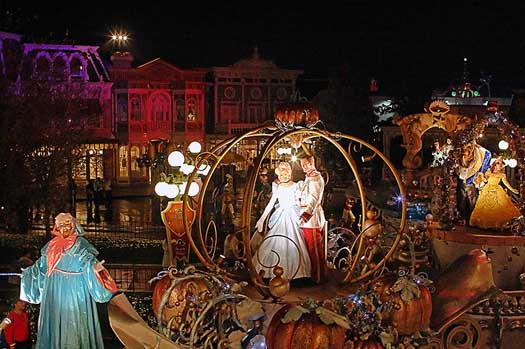 Cinderella and Prince Charming in a Main Street Vehicle