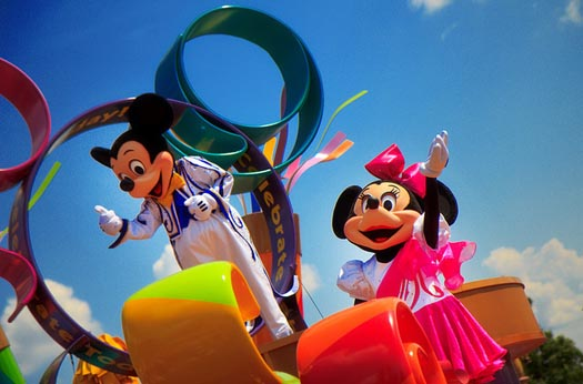 When is the best time to see Mickey and Minnie