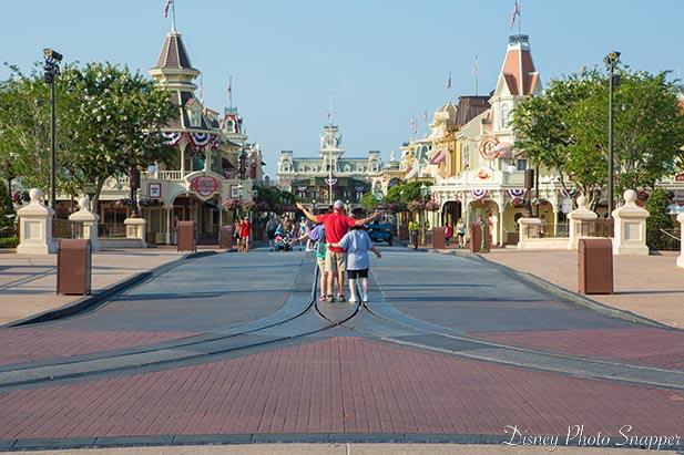 No crowds at the Magic Kingdom in the morning