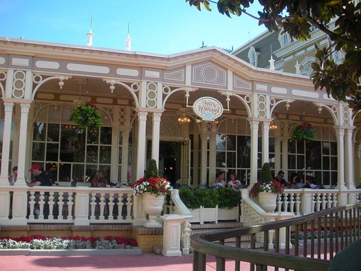 You can get outdoor dining at Disney World at Tony's Town Square Restaurant