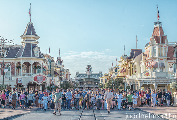 The Rope Drop Walk