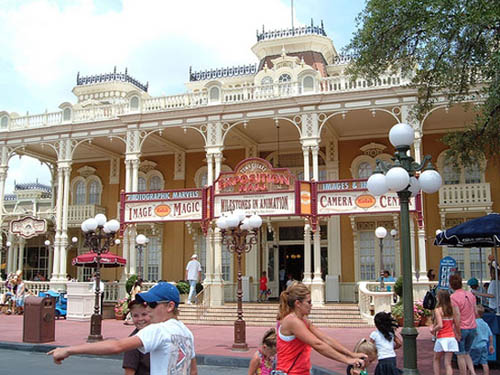 Photo of the Town Square Exposition Hall on Main Street USA in the Magic Kingdom