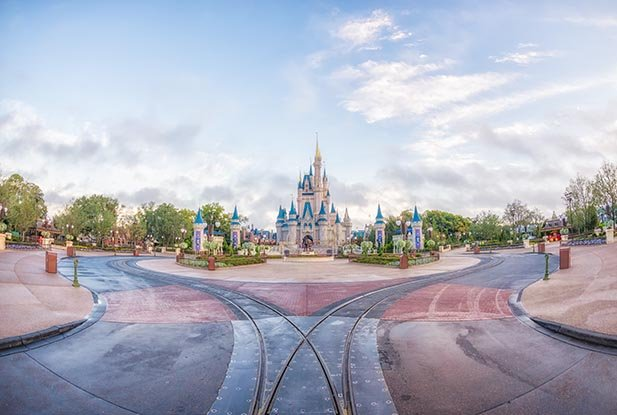 The hub at the Magic Kingdom without any crowds