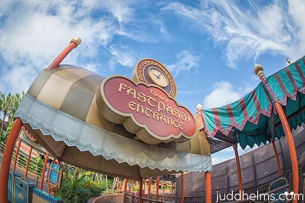 The FastPass+ entrance to Magic Carpets of Aladdin in the Magic KIngdom