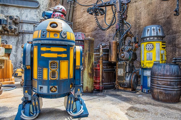 Droids in Star Wars: Galaxy's Edge